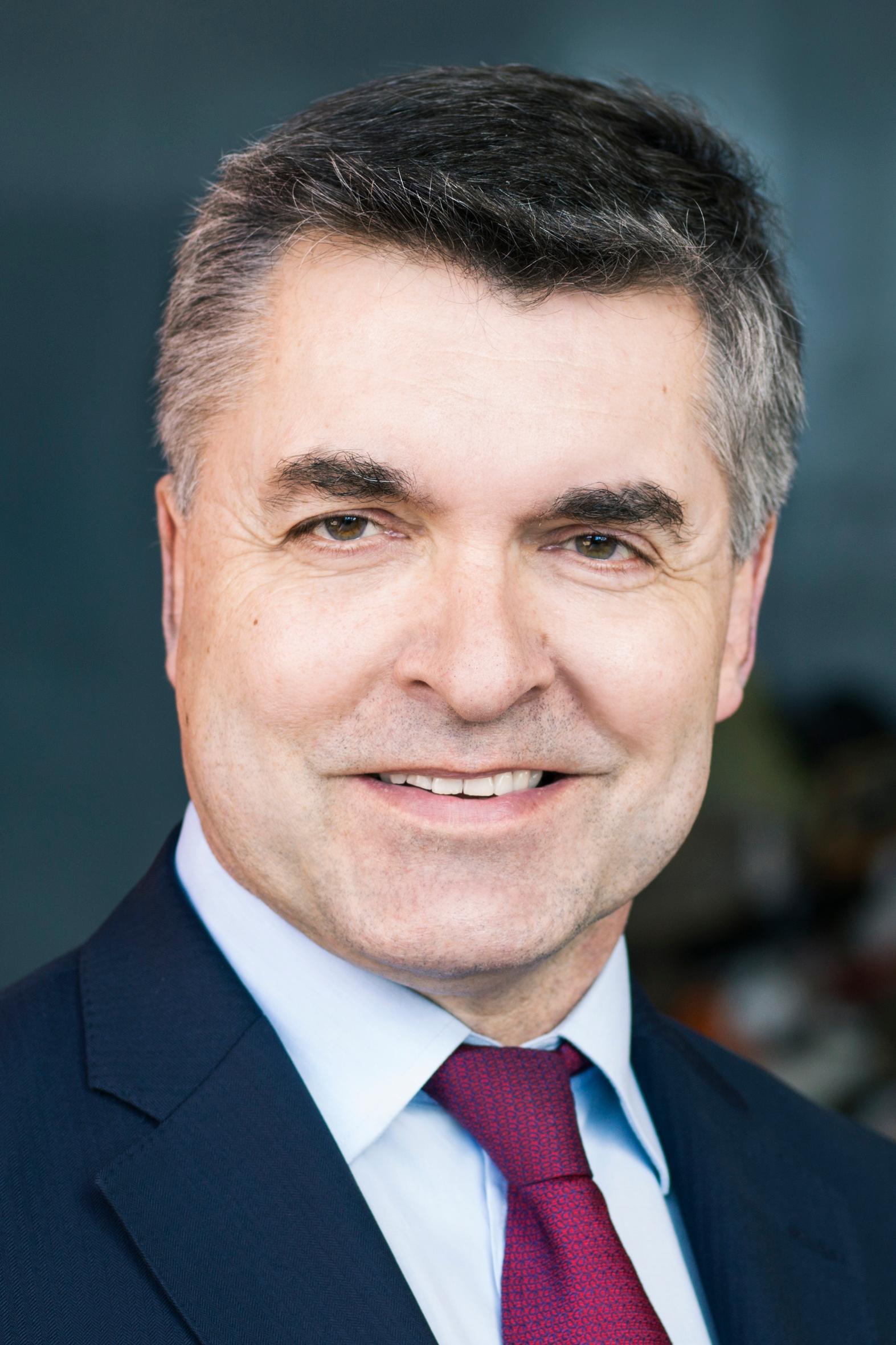 DR. BURKHARDT GREIFF