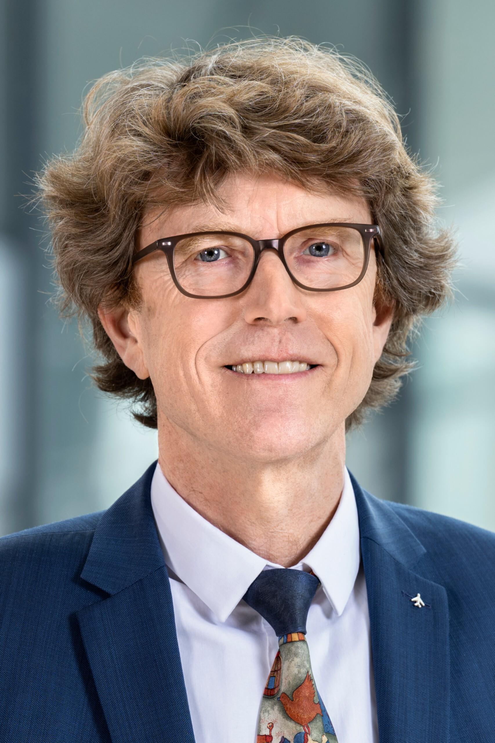 PROF. DR. ENGELBERT LÜTKE DALDRUP