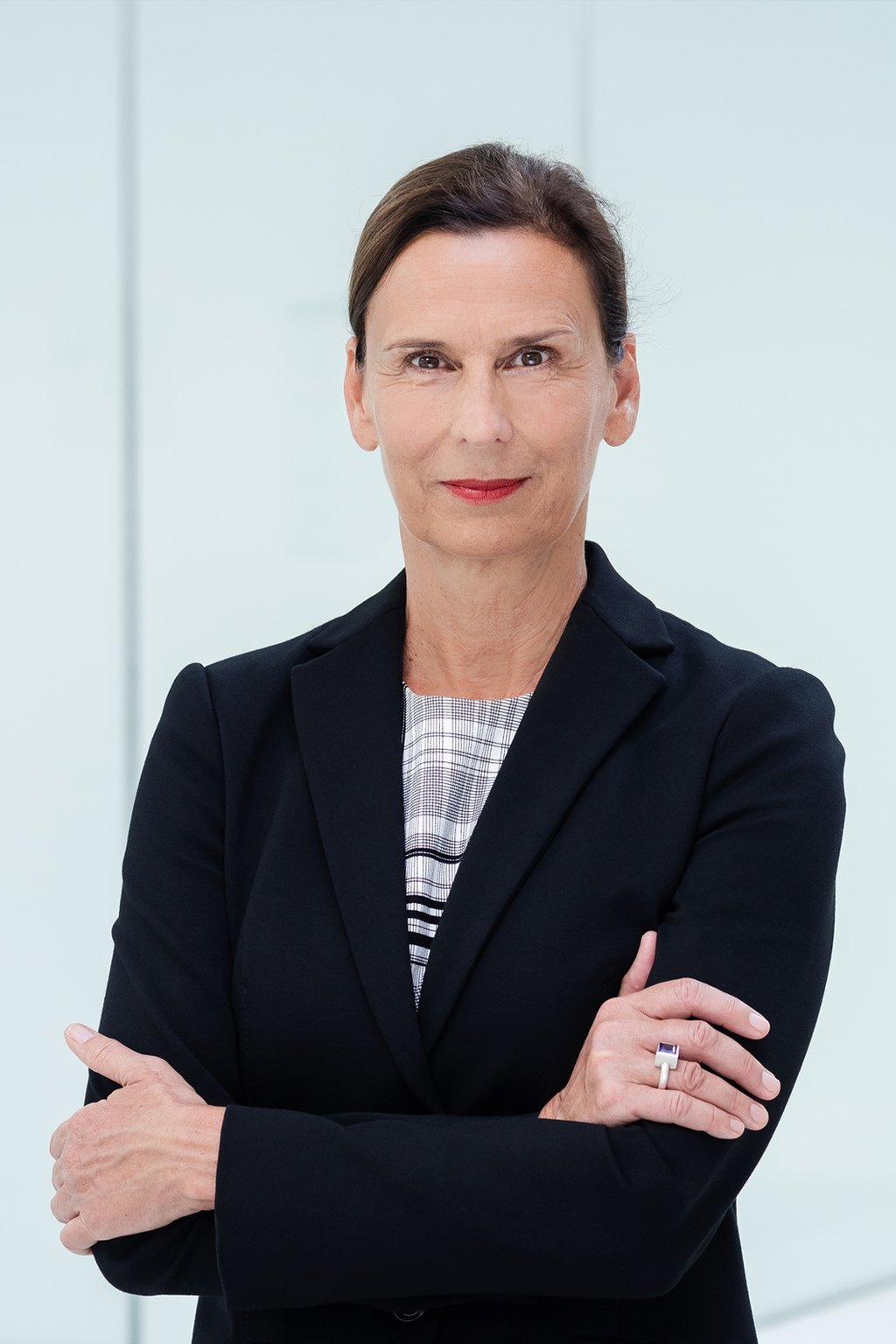 PROF. DR. GESINE GRANDE