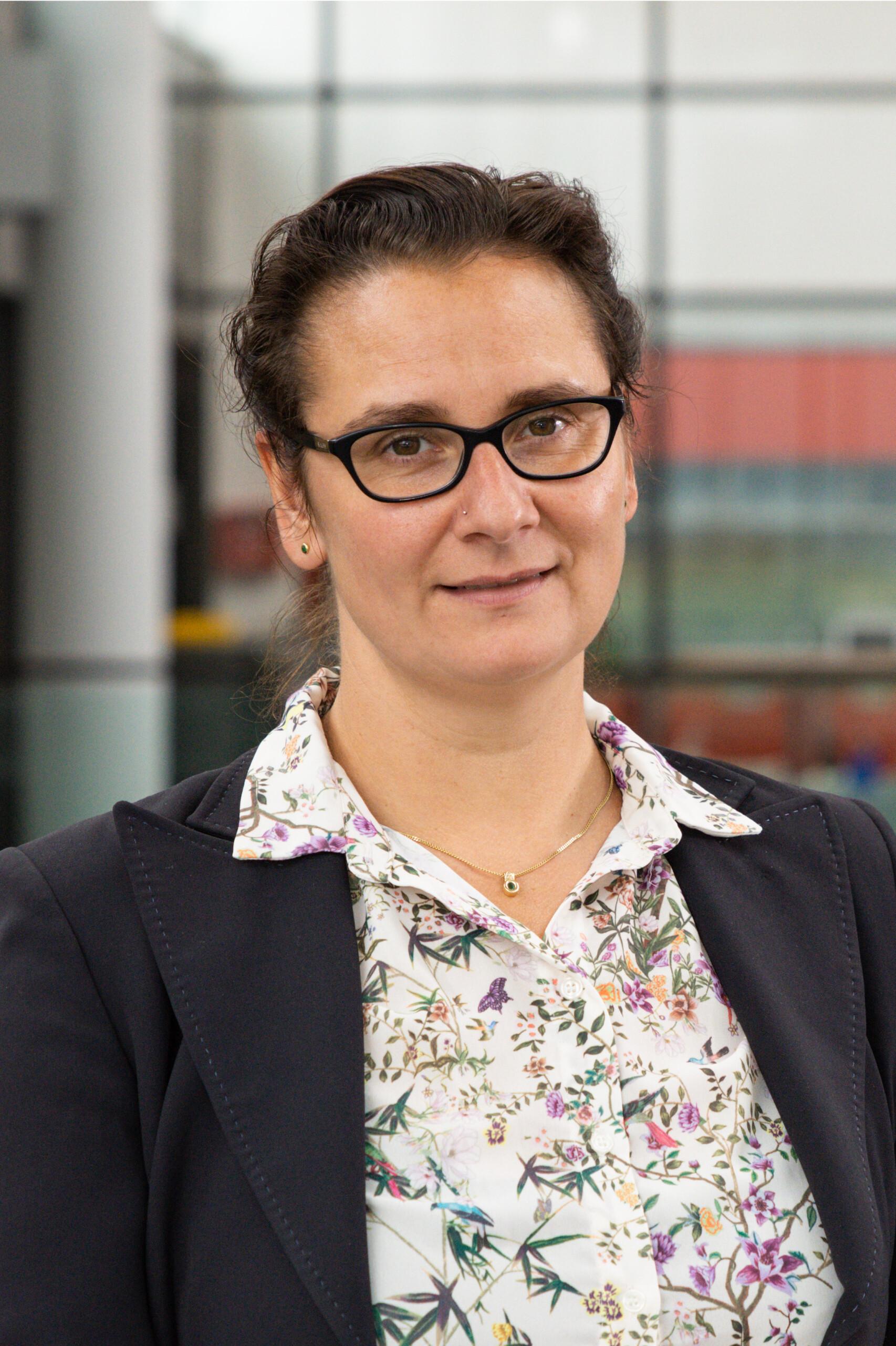 DR. SYLVIA SCHATTAUER